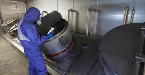 Batch  vs. Continuous Distillation